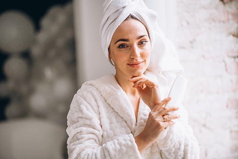Beauty routine viso pelle grassa: i 3 step fondamentali
